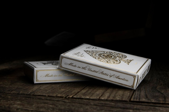 White_Artisan_Playing_Cards_Box_2