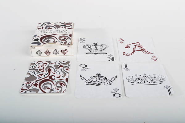 Ahlam_Alzoubi_Arabic_Typographic_Playing_Cards_2