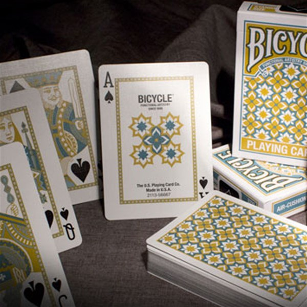 Bicycle_Madison_Playing_Cards
