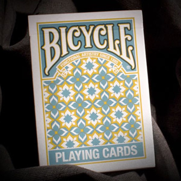 Bicycle_Madison_Playing_Cards_box2