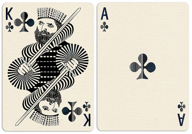 Royal_Optik_Playing_Cards_Clubs_2