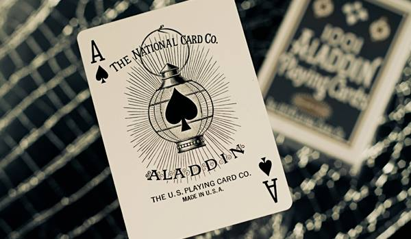 The_Blue_Crown_Aladdin_Playing_Cards_AoS
