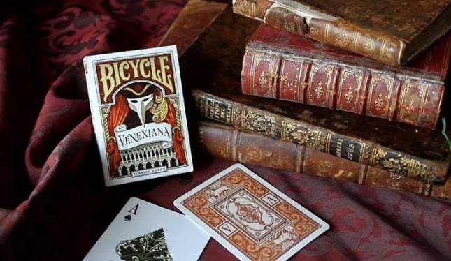 Bicycle_Venexiana_Playing_Cards