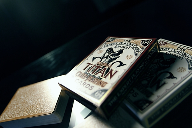 Global_Titans_Playing_Cards_Box_Front_@