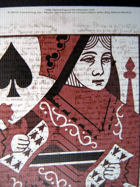 Discoverie_Deck_Queen_details