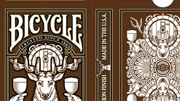Bicycle_Amber_Stag_Playing_Cards_box