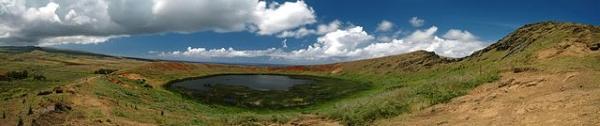 Rapanui-crater-Rana-Roraku