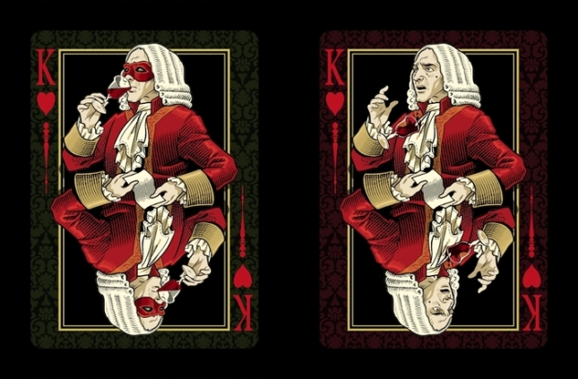 Venexiana-Dark-Playing-Cards-King-of-Hearts