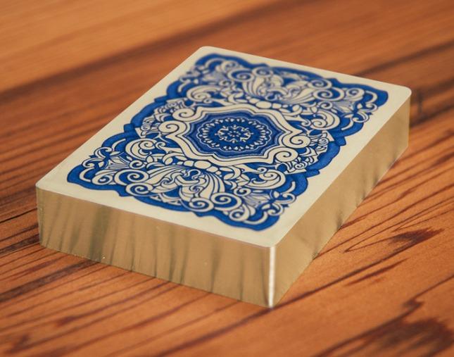 Uusi-Classic-Blue-Gilded