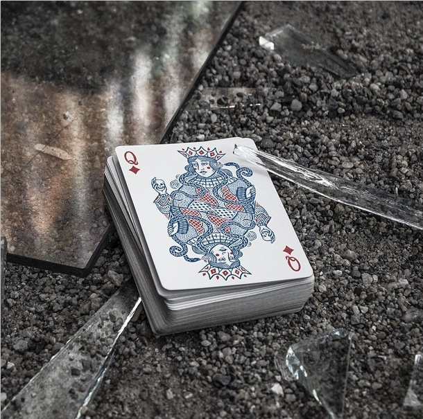 Joker-and-the-Thief-Playing-Cards-Queen-of-Diamonds